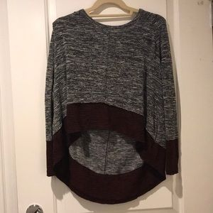 XS Urban Outfitters High Low Top